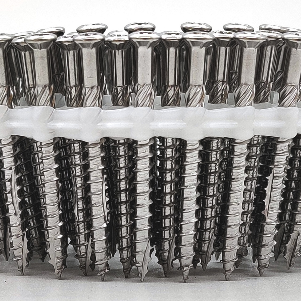 Coil Terrassenschrauben   rostfreier Stahl   Teilgewinde   5,0x40